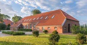 ©Friederike-Hegner_2019_Lütetsburg_Lodges_extra_web-10_576x300px