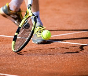 luetetsburg-lodges_aktivitaeten_tennis-5782695