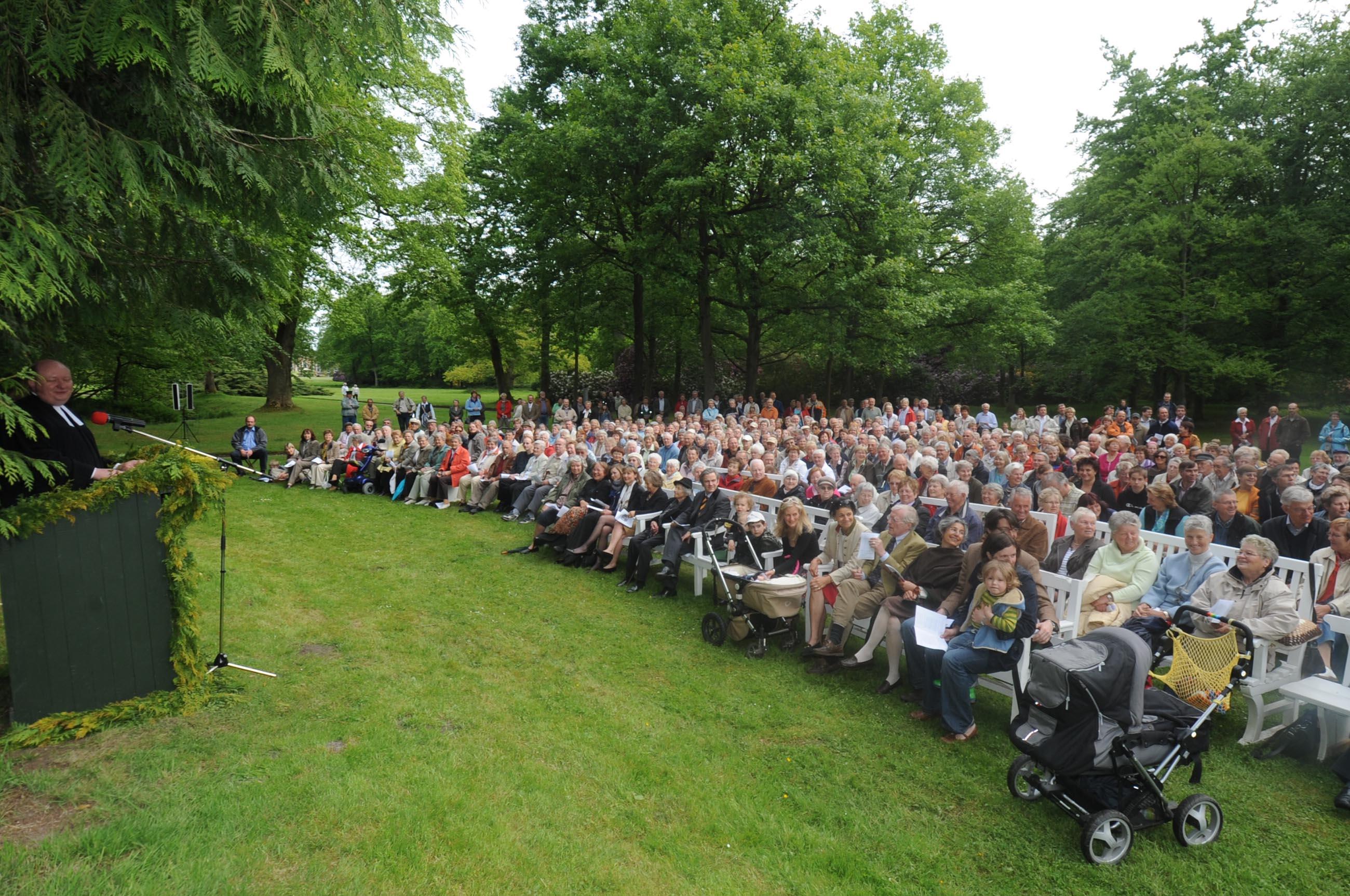 Himmelfahrtsgottesdienst im Schlosspark